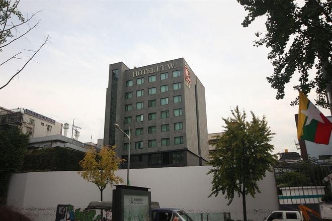 I.T.W Hotel - Seoul - Building