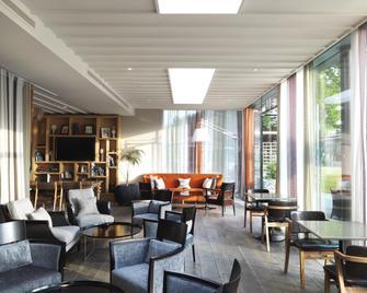 The Runnymede On Thames - Egham - Lounge