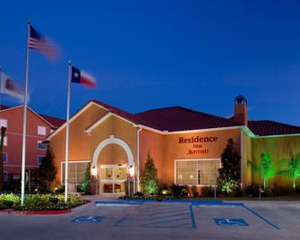 Residence Inn by Marriott Beaumont - Beaumont - Building