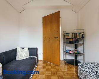 Ferienwohnung am Seidlpark - Murnau - Wohnzimmer