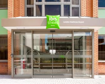 Ibis Styles London Heathrow Airport - Hayes - Gebäude