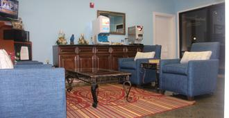 Budget Inn - Pasadena - Living room