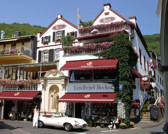 Landhotel Becker - Kamp-Bornhofen - Gebouw