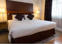 The Angel Hotel - Cardiff - Bedroom