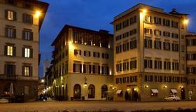 Hotel L'Orologio - Florence - Gebouw