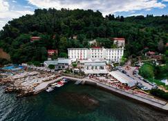 Barbara Piran Beach Hotel & Spa - Piran - Außenansicht