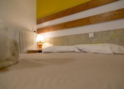 Galaxy Hotel - Loutraki - Quarto