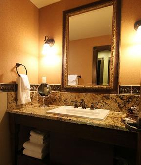 The Springs Resort And Spa - Pagosa Springs - Bathroom