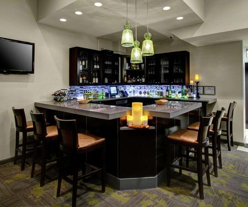 Hilton Garden Inn New York/Manhattan-Chelsea - New York - Bar