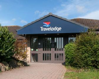 Travelodge Ely - Ely - Building