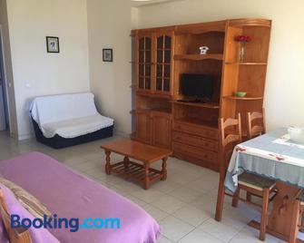 Apartamentos Carteia - Quarteira - Living room