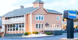 Travelodge by Wyndham South Burlington - South Burlington - Edificio