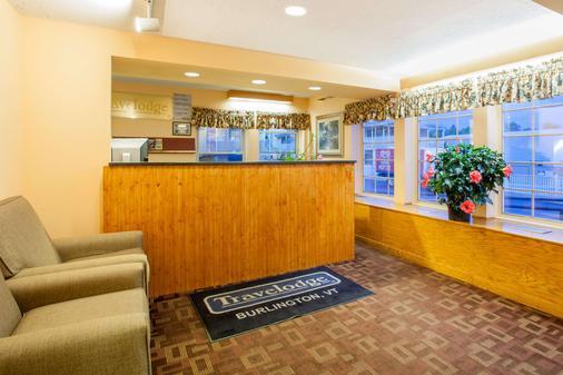 Travelodge by Wyndham South Burlington - South Burlington - Front desk