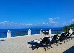 Manarra Sea View Resort - Puerto Galera - Balkon
