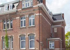 B&B Demi Lune - Ypres - Building