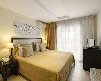 Alkyonis Hotel - Nea Kallikratia - Schlafzimmer
