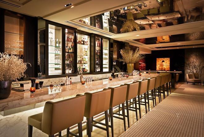 紐約第五大道朗豪坊酒店 - 紐約 - 紐約 - 酒吧