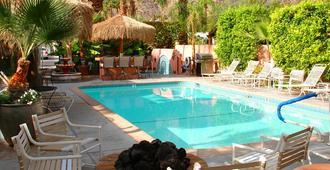 Coyote Inn - Palm Springs - Piscina