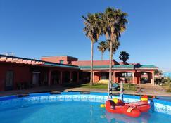 La Petite Ferme Casablanca - Dar Bouazza - Pool