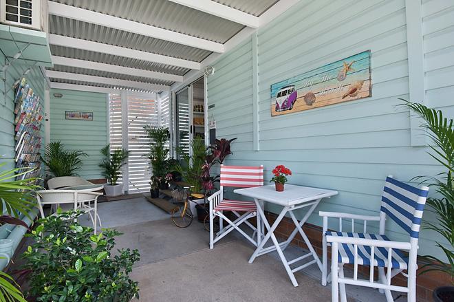 Gold Coast Airport Accommodation - La Costa Motel - Bilinga - Patio