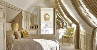 Le Meurice - Dorchester Collection - Paris - Bedroom