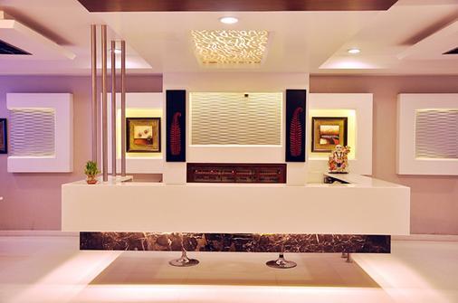 Hotel Sun International - New Delhi - Front desk