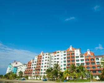 Marina Island Pangkor Resort & Hotel - Lumut - Building