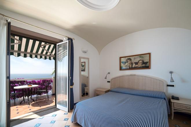 Hotel Bellevue Suite - Amalfi - Phòng ngủ