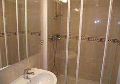 Le Nouvel Hôtel du Théâtre - Paris - Phòng tắm