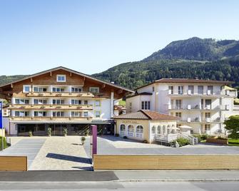 Alpen-Wellnesshotel Barbarahof - Kaprun - Gebouw