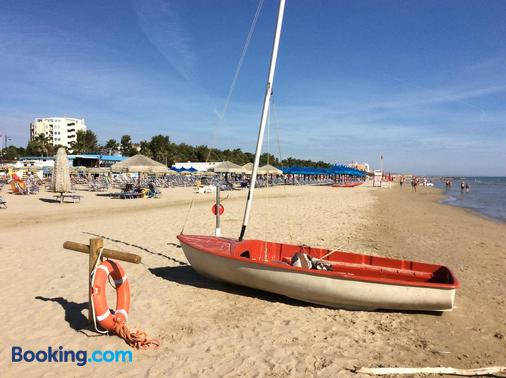 Hotel Nel Pineto - Montesilvano - Beach