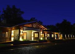 Hotel Restaurant Papillon - Bella Vista - Edificio