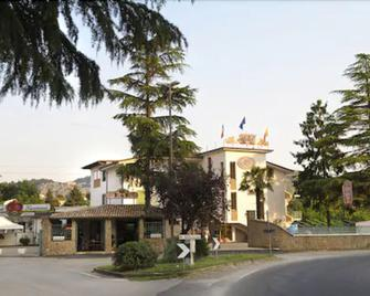Hotel Rocchi - Valmontone - Outdoors view