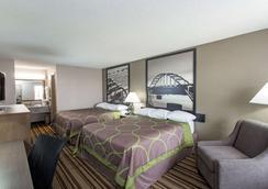 Super 8 by Wyndham Springdale AR - Springdale - Bedroom