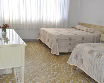 Hotel Viena - Irapuato - Bedroom