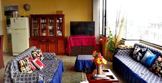 Hostel La Granja - Quito - Sala de estar