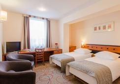 Qubus Hotel Glogow - Głogów - Bedroom