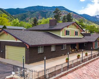 Innhale Cannabis Friendly B&b - Adults Only - Manitou Springs - Building