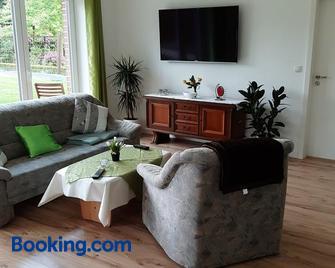 Ferienwohnung Uhlenbusch Paradise - Friesoythe - Wohnzimmer