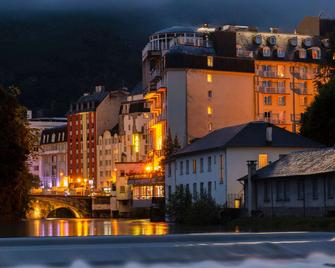 The Originals City, Hôtel Astoria Vatican, Lourdes (Inter-Hotel) - Lourdes - Building