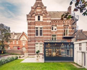 't Huys van Steyns - Тонгерен - Building