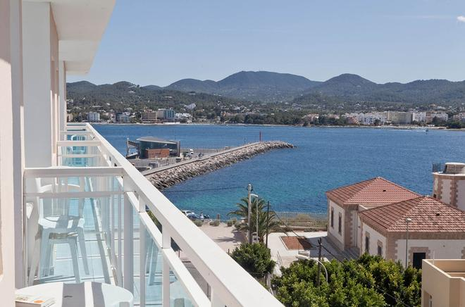 Hotel Apartamentos Central City - Adults Only - Sant Antoni de Portmany - Balcony