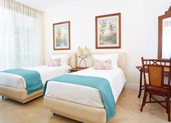Seven Stars Resort & Spa - Providenciales - Bedroom
