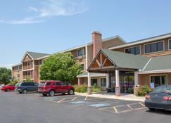 AmericInn by Wyndham Kearney - Kearney - Κτίριο