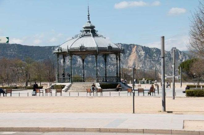 Hotel de Lyon - Valence - Näkymät ulkona