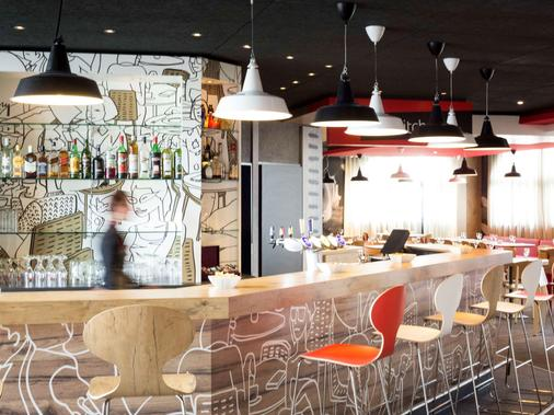 Ibis Lausanne Crissier - Lausanne - Bar