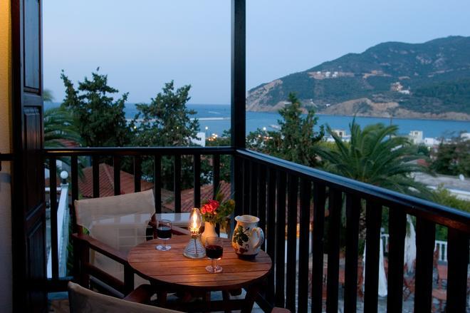 Hotel Dionyssos - Skopelos - Balcony