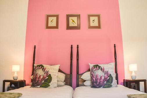 Old Thatch Lodge - Swellendam - Bedroom