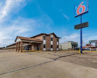 Motel 6 Dyersburg - Tn - Dyersburg - Building