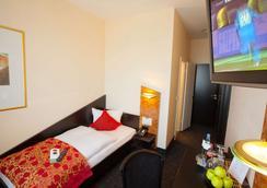 Hotel Big Mama - Leipzig - Makuuhuone